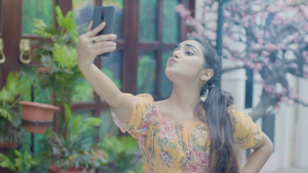 Digital Ad Selfie Queen FlowInk Pictures Manish Azar